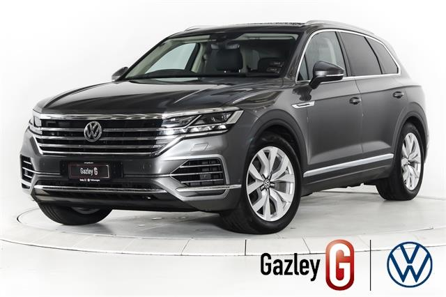 Motors Cars & Parts Cars : 2021 Volkswagen Touareg V6S 210KW TDI V6s with Dynaaudio and ambient lighting Available now !