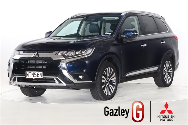 Motors Cars & parts Cars : 2020 Mitsubishi Outlander VRX 4WD Low Km's, Great Colour, 4wd, Top Spec