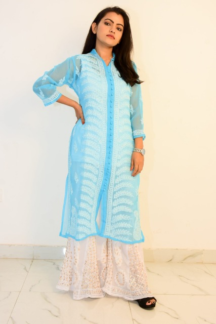 Fashion Women Dresses : Buy Hand Embroidered Lucknowi Chikan Kurti With Palazzo