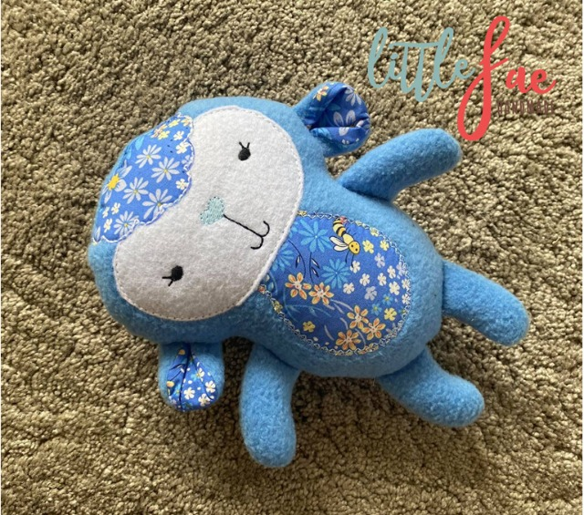 Baby & toys Toys & games Soft toys : Daisy Blue Lamb Soft Toy, Cuddle toy, Soft lamb