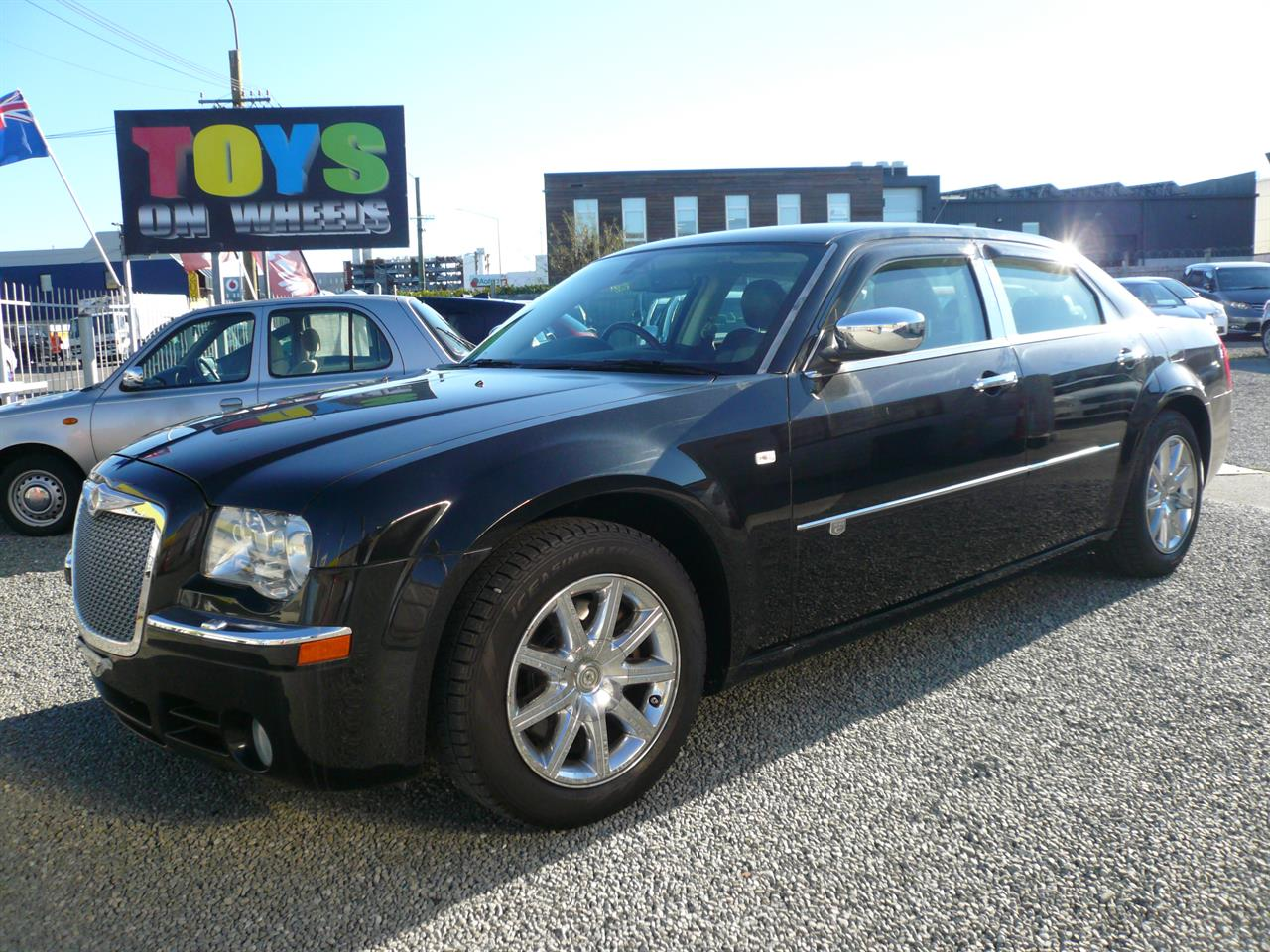 Motors Cars & parts Cars : 2010 Chrysler 300c 3500cc leather alloys abs airbags