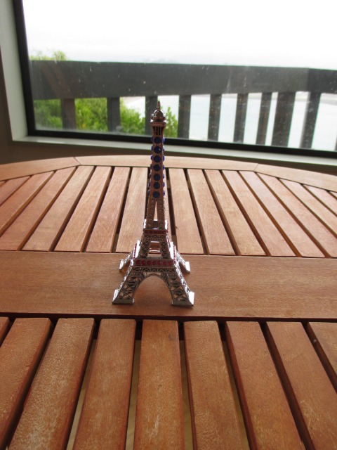 Home & Garden Home & Living Home Decor : Decorative Eiffel Tower