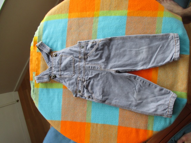 Baby & Toys Baby Clothing : Cute Denim Overalls, 24 months old, second hand baby jeans
