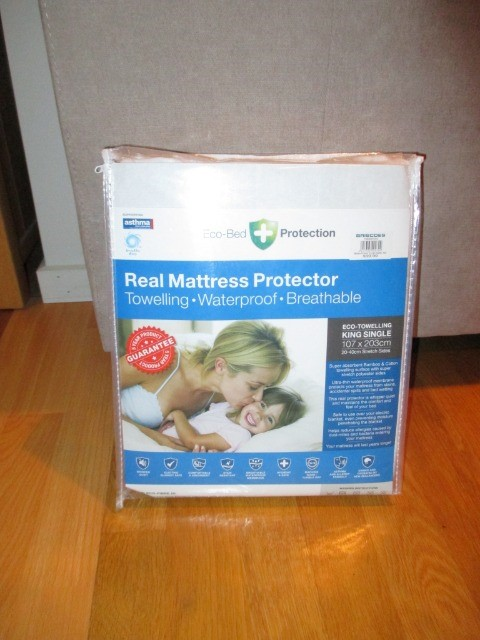 Home & Garden Home & Living Bedding & Towels : Eco-Bed Towelling Mattress Protectors, King Single