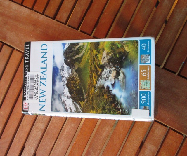 Books & Stationery Books Nonfiction : DK Eyewitness Travel Guide New Zealand