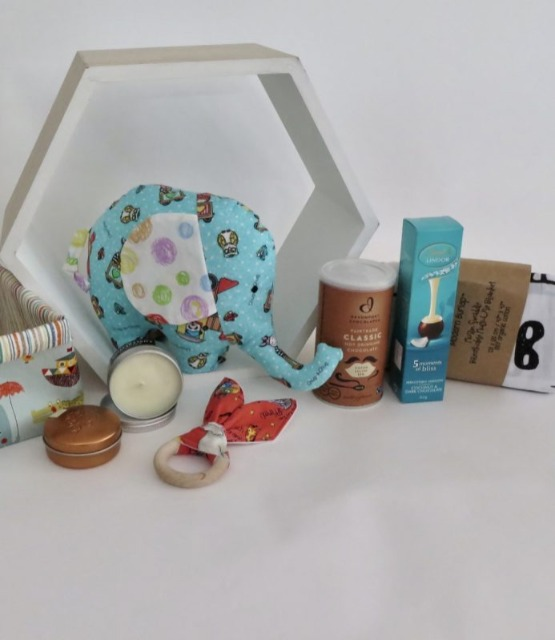 Baby & toys Baby Accessories : Baby and Mum Gift Hamper – Boy, Gift Basket