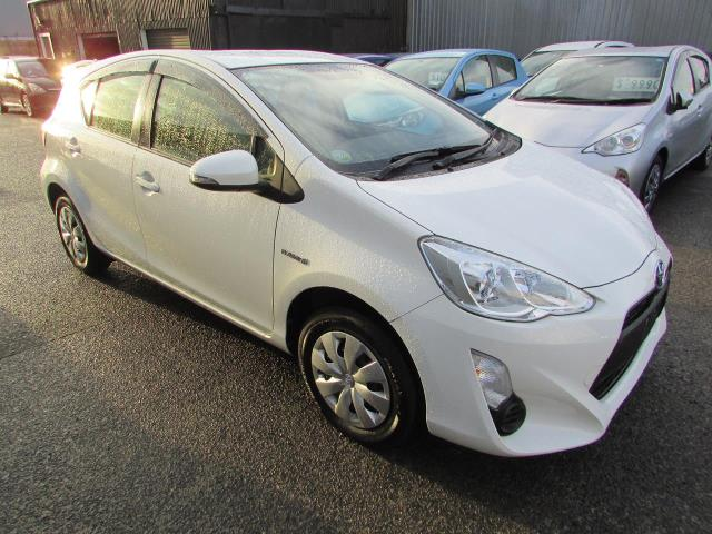 Motors Cars & Parts Cars : 2015 Toyota Aqua HYBRID 1.5 Camchain Econmy