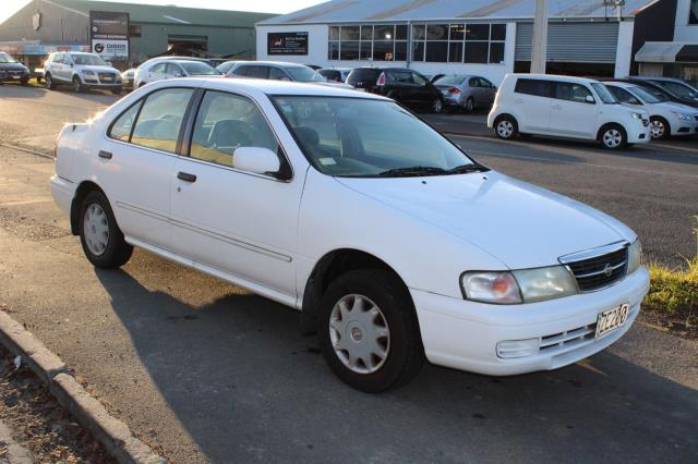 Motors Cars & Parts Cars : 1998 Nissan sunny 1.5 Camchain super saloon