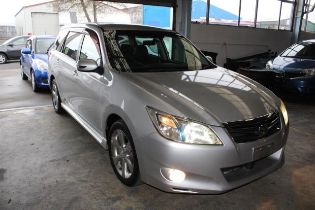 Motors Cars & Parts Cars : 2011 Subaru EXIGA 2.5 AWD Paddel shift 7 Seaters Reverse camera