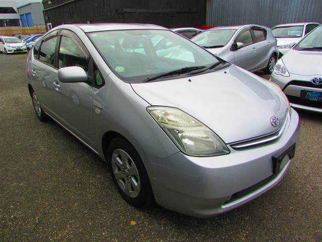 Motors Cars & Parts Cars : 2008 Toyota Prius type-S cruise Control Reverse camera Low km