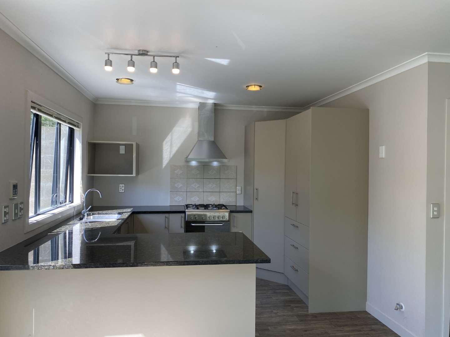 Real Estate For Rent Houses & Apartments : 3 plus bedroom townhouse in Johnsonville, Wellington