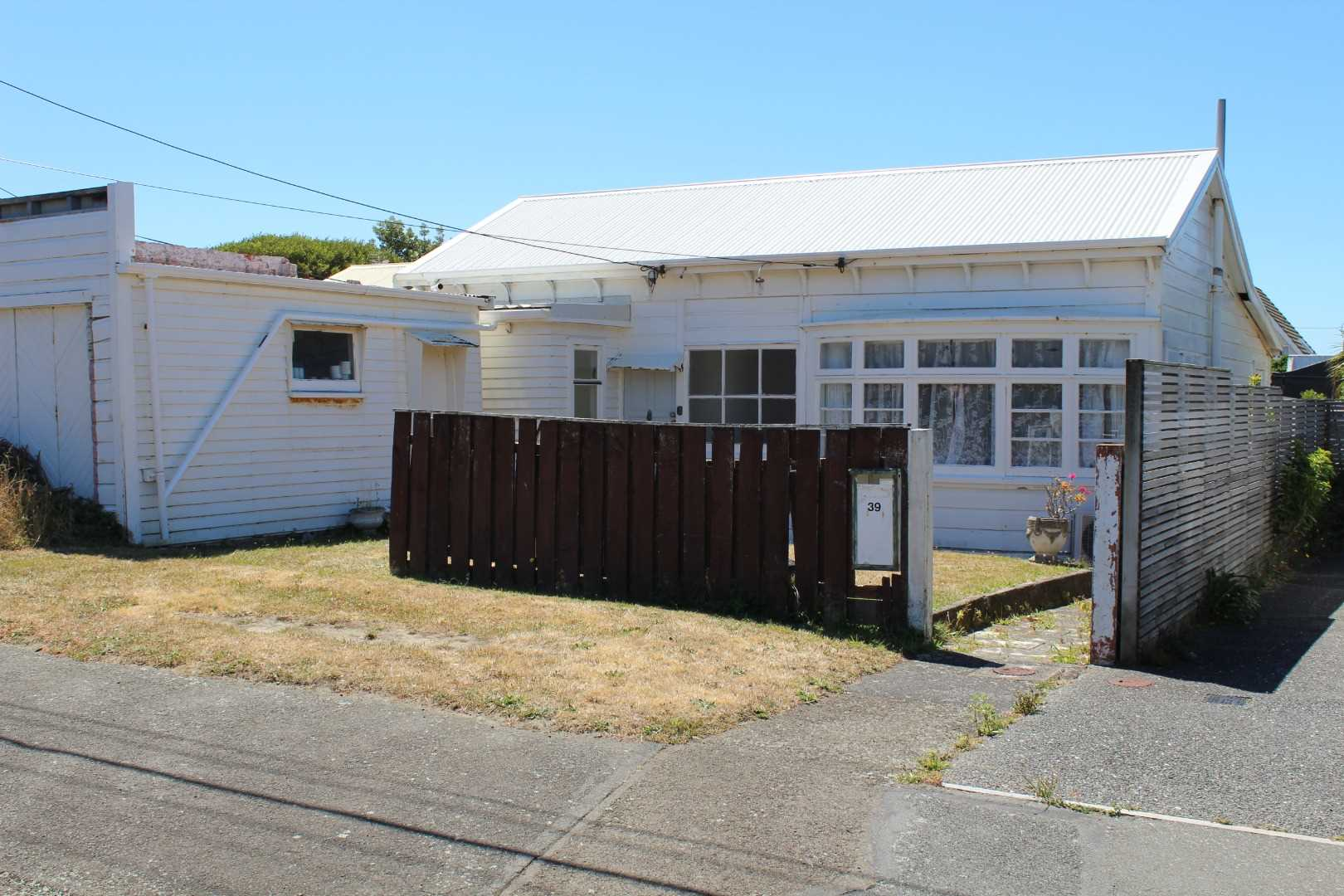Real Estate For Rent Houses & Apartments : Original Seatoun Cottage, Wellington