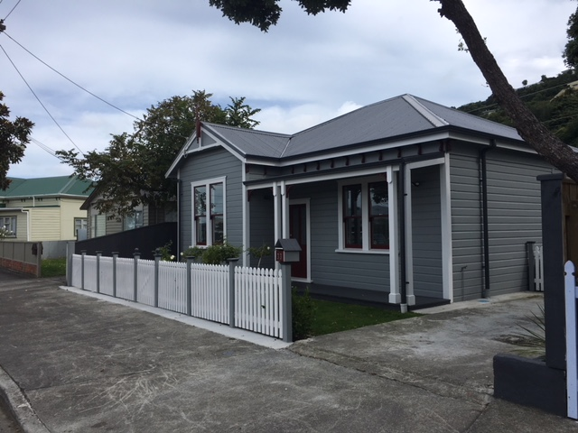 Real Estate For Rent Houses & Apartments : Petone Beauty - Riddlers Crescent, Lower Hutt, Wellington