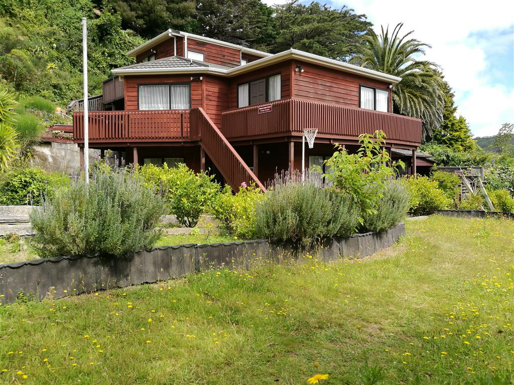 Real Estate For Rent Houses & Apartments : Unfurnished 2 Bedroom Flat in Nature Setting, Wellington