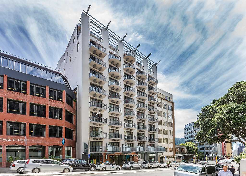 Real estate For rent Houses & apartments : Semi-Furnished Two-Bedroom Apartment  with Secure Carpark, Wellington