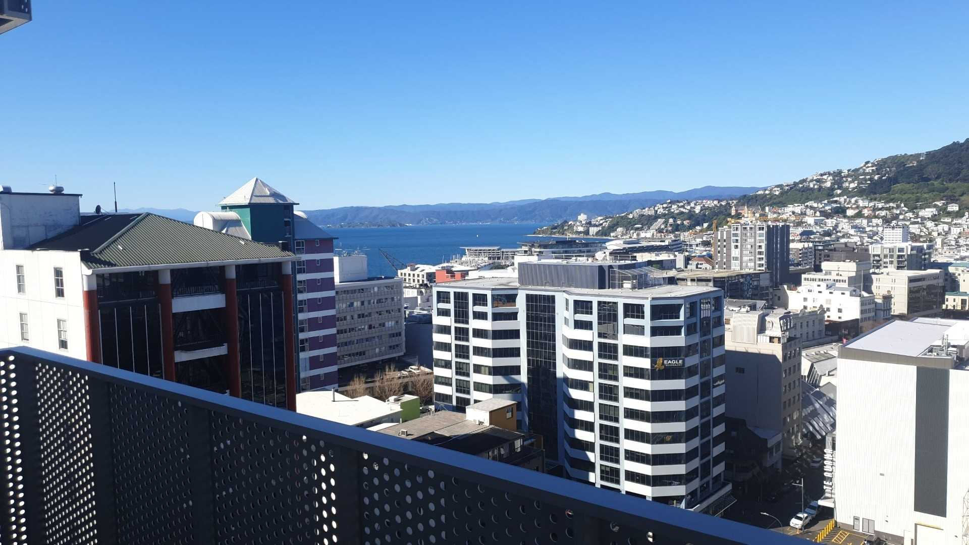 Real estate For rent Houses & apartments : Near New Modern Studio Apartment, Wellington